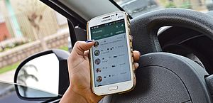 Nos primeiros seis meses de 2018 foram 1.739 multas por falar ou manusear o celular ao volante