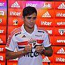 Everton Felipe é apresentado no São Paulo