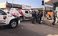 Polícia bloqueia rua no Farol para cumprir mandado