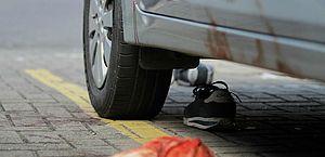 Tentativa de assalto a cliente de banco deixa dois feridos em Boa Viagem