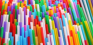 Canudos plásticos passam a ser proibidos na cidade de São Paulo