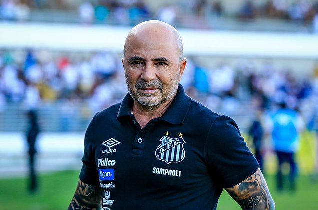 Sampaoli nega demissão e inicia queda de braço com Santos