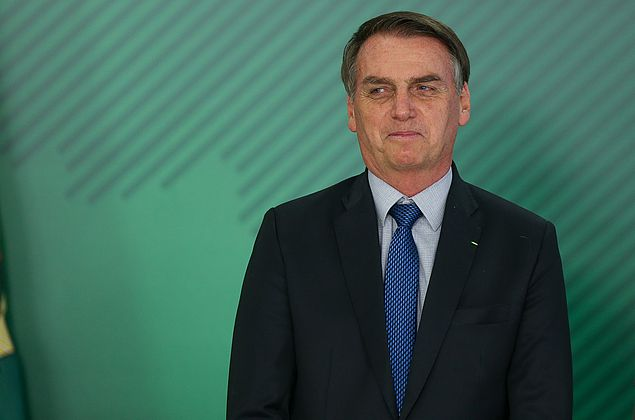Governo montará estrutura de gabinete para Bolsonaro despachar de hospital