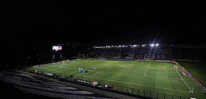 Vasco desperdiça chances e é eliminado na Sul-Americana em casa