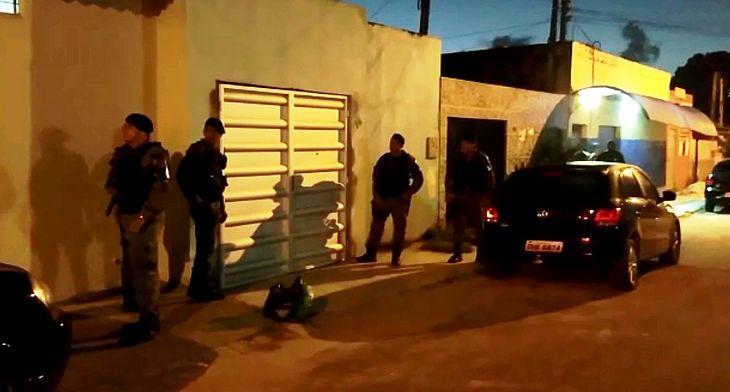 Cumprimento de mandado realizado no início do ano, quando o líder do grupo, tenente Tiago, foi preso