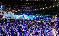 Noda de Caju e artistas locais animaram noite no Arraial Central; veja imagens