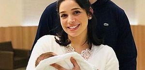 Sabrina Petraglia e o filho Gael