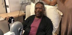 Pelé faz fisioterapia em vídeo postado no Instagram por sua filha