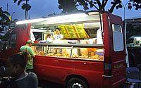 """Câmara regulamenta permanência de """"foodtrucks"""" em ruas de Maceió"""