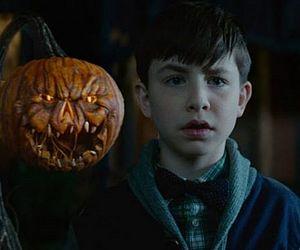 Remetendo ao universo de Potter, 'O Mistério Do Relógio Na Parede' estreia