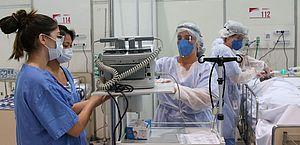 Ufal: relatório mantém indicativo de 'forte avanço' da Covid e descontrole da pandemia em Alagoas