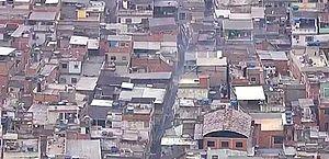 Mortes ocorreram em 12 pontos do Jacarezinho; homem foi achado sem arma