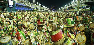 Liga decide adiar desfiles das escolas de samba no Rio de Janeiro