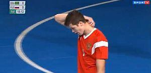 Vídeo: russo faz golaço contra e ajuda Brasil em ouro inédito no futsal