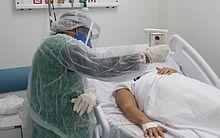 Pacientes da Covid-19 que não podem receber visitas mantém contato virtual com a família