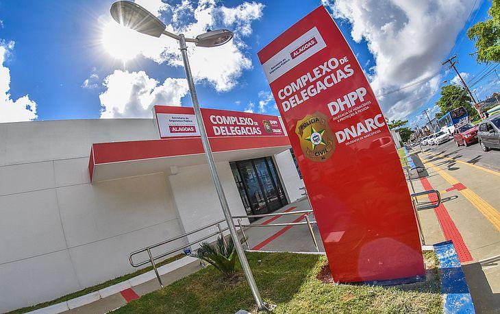 A droga foi apreendida e levada para a sede da DNARC