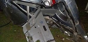 Renaut Scenic prata ficou destruído