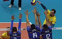 Brasil reage no tie-break, bate França e conquista 2ª vitória no Mundial