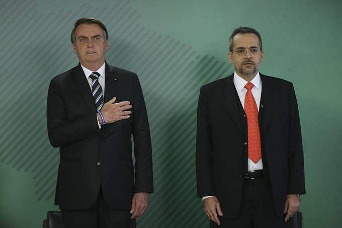 Presidente Bolsonaro e o ministro da Educação, Abraham Weintraub