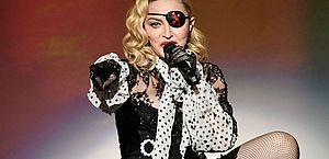 Com dores e lesões, Madonna cancela o décimo show da atual turnê