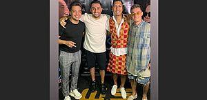 Wesley Safadão, Mano Walter, Firmino e Coutinho curtem festa em Maceió