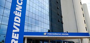 Governo convoca médicos peritos do INSS para retorno imediato ao trabalho