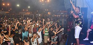 Maceioenses e turistas se despedem do Carnaval 2020