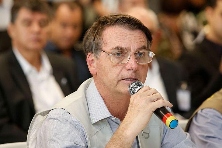 Bolsonaro durante entrevista antes da internação