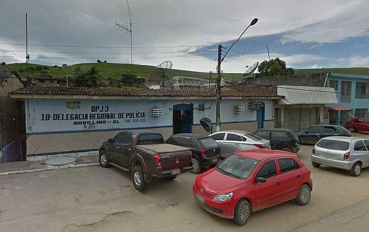 Após o assalto o motorista conduziu o ônibus para a Delegacia Regional de Novo Lino, onde registrou o crime.