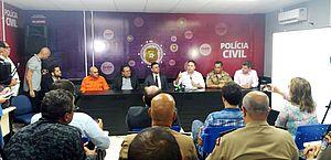 Renan Filho falou com a imprensa na sede da DH