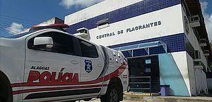 Mulher e companheiro foram levados à Central de Flagrantes