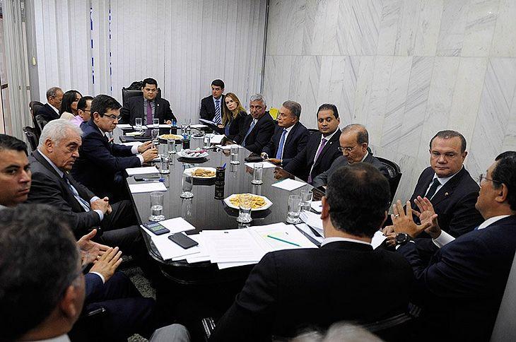 Líderes definem comissões e pauta do Plenário