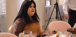 Camila Rodrigues fica obesa para gravação de cena em Topíssima