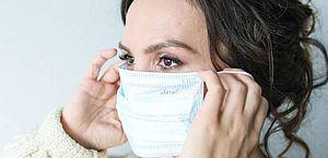 Uso de máscara pode reduzir em 40% taxa de novos casos de covid, diz estudo