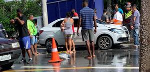 Criança morre atropelada por carro na Avenida Cachoeira do Meirim