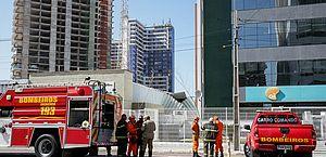 Prédio vai ser demolido em Fortaleza após ter estrutura danificada
