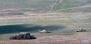 Armênia e Azerbaijão intensificam confrontos com foguetes e artilharia
