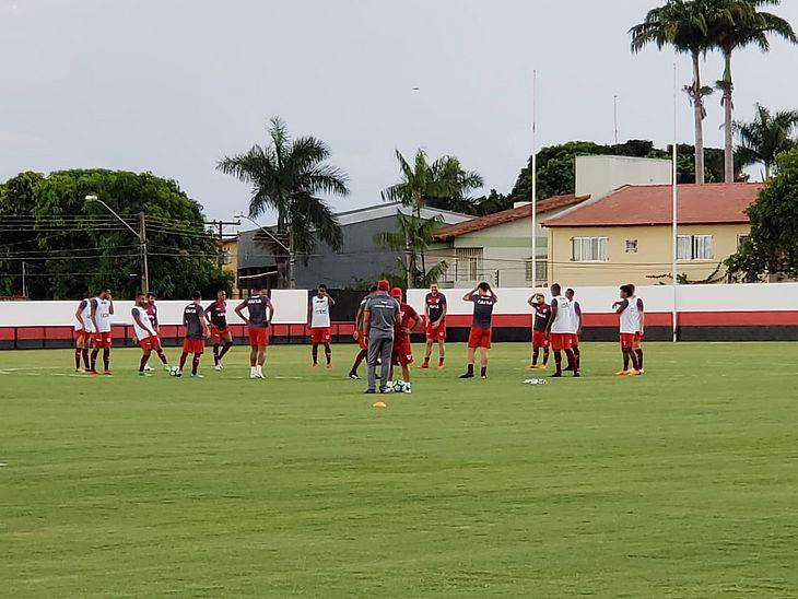 CRB treinou em Goiânia na quarta-feira