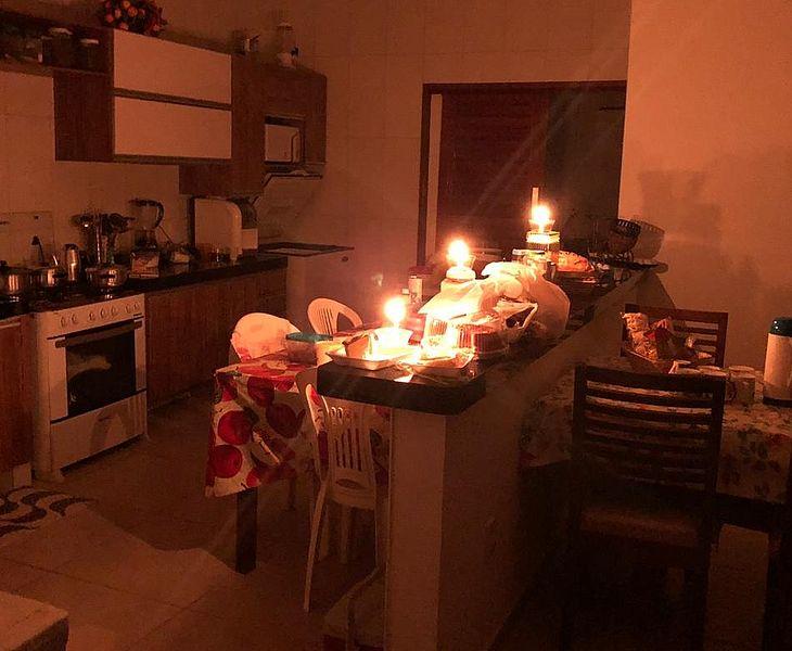 Casas estão sem energia desde a tarde de ontem