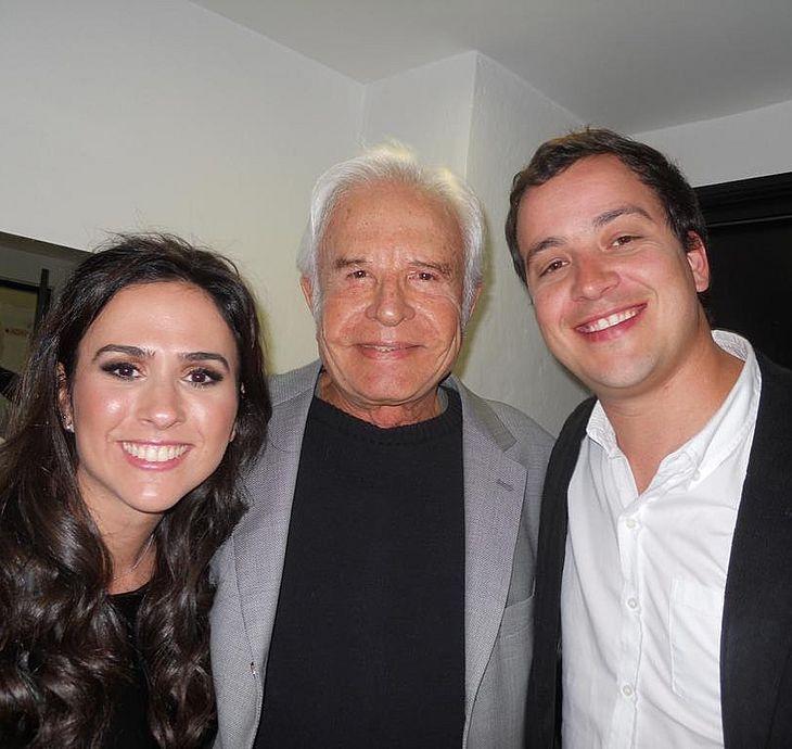 Tatá com Cid Moreira e Rafael Cortez