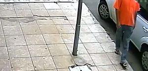 Homem com Covid-19 é preso após contaminar maçanetas de carros; vídeo