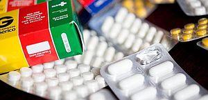 Novo estudo reitera que azitromicina não é eficaz contra Covid-19
