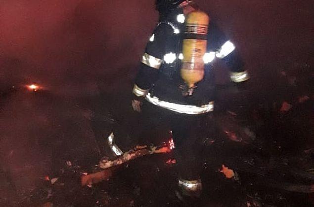 Depósito de materiais recicláveis pega fogo em Cruz das Almas