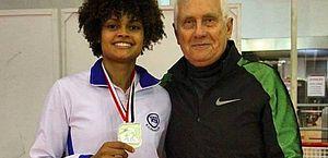 Técnico Gennady Miakotnykh com a atleta Ana Beatriz Bulcão biabulcao