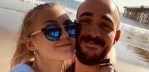 Gabby Petito: Tribunal emite mandado de prisão contra noivo da influenciadora