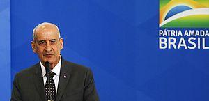 General Ramos nega crise, e Salles pede desculpas em meio a disputa no governo