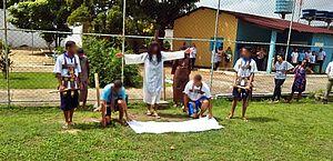 Adolescentes em unidade de internação viram atores e revivem a Paixão de Cristo
