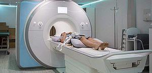 Cílios postiços ou alongados podem provocar queimaduras na ressonância magnética
