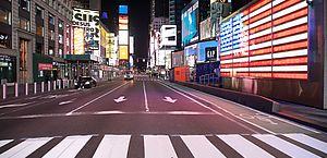 Times Square é vista vazia durante a pandemia de Coronavirus Covid-19 em Nova York nos Estados Unidos