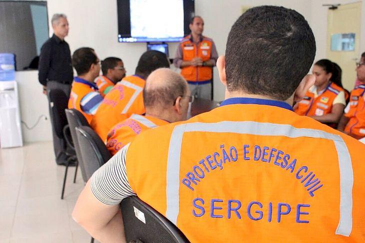 Agentes da Defesa Civil sergipana seguem em alerta